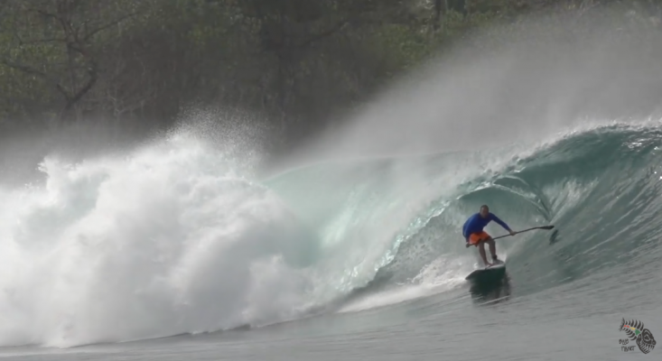 Surfing Mentawai on a Boat trip