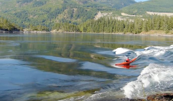 Extreme Skookumchuck Sea Kayak Surfing 17.4 Knots