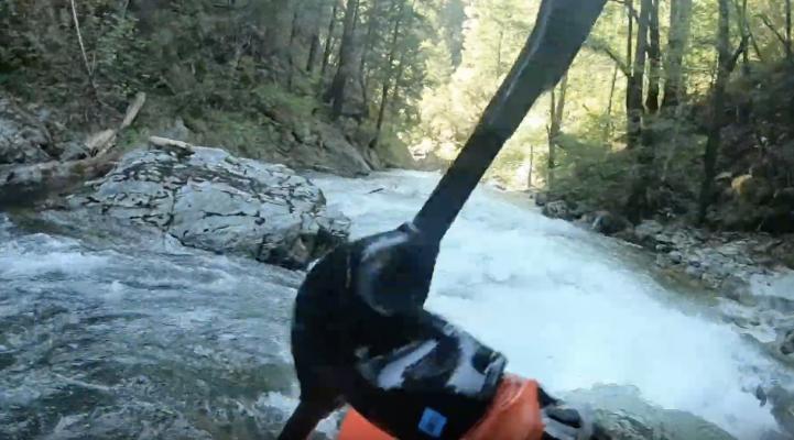 Kayaking Pauley Creek in California dreamflows estimated flow at 400 cfs