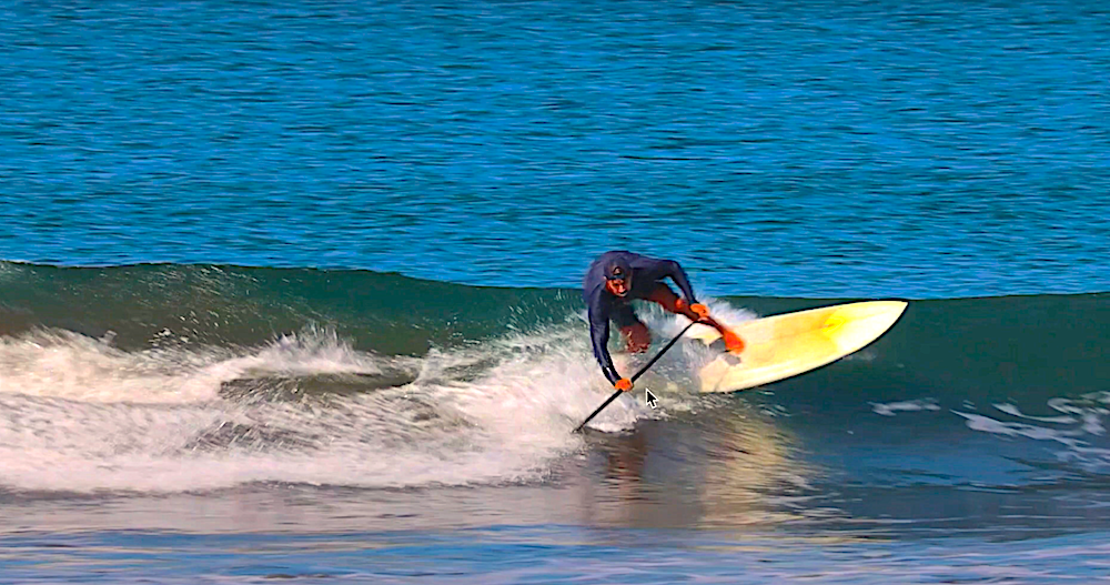 Chase Kosterlitz gives us precious and super details tips on one of the most important things to focus on while paddle surfing is: the footwork.