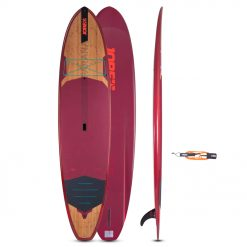 The Jobe Parana 11.6 has deep channels to obtain extra speed, tracking and stability. This makes her perfect for an expedition and strong enough to take with you whatever you love under the bungee cord. With a thickness of 5'', buoyancy is guaranteed and stiffness is added while remaining control. Moreover, a 9'' single fin keeps the Parana on track while you taking the lead.