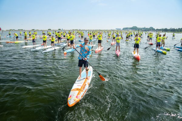 Last weekend the Red Bull Midsummer Vikings in Denmark brought together 70 teams with SUP paddlers from 19 countries and raised more than 15.000 euros for charity.