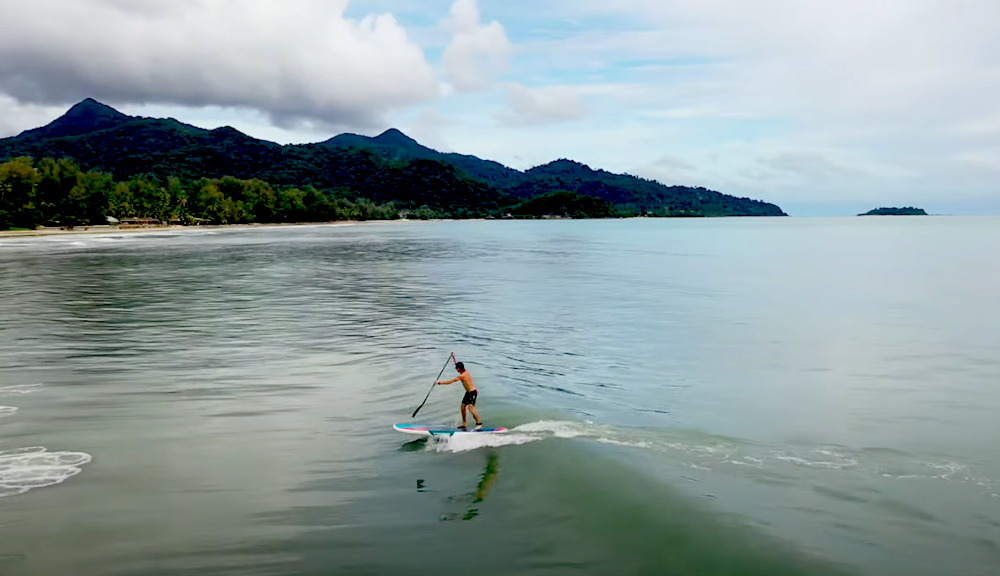 Check the Starboard 4 in 1, one of the most versatile boards on the market. It can be used as an SUP, wing board, wind surf and surf sup. This guide helps you get your head round how it it works!